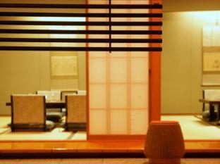 Hotel Grand Palace Tokyo - Japanese cuisine - Chiyoda
