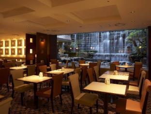 Hotel Grand Palace Tokyo - Cattleya Restaurant & Cafe