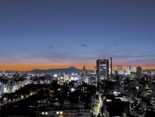 Hotel Grand Palace Tokyo - View