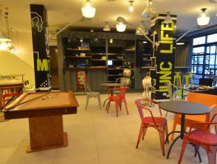 Junction Hostels