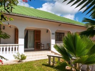 Baie St. Anne Guest House