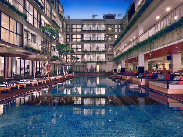Hotel Neo Plus Kuta Legian Bali
