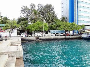 Nasandhura Palace Hotel Male City and Airport - Hotel Front - Water Front