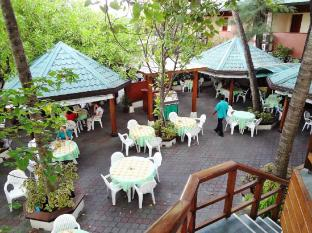 Nasandhura Palace Hotel Male City and Airport - Trends Restaurant - Overview