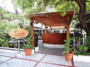Nasandhura Palace Hotel Male City and Airport - Trends Restaurant - Entrance