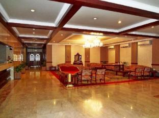 Nasandhura Palace Hotel Male City and Airport - Hotel Lobby
