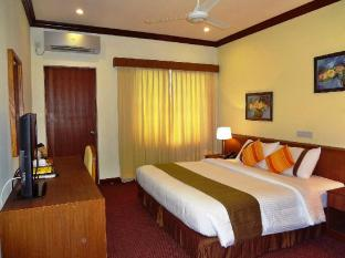 Nasandhura Palace Hotel Male City and Airport - Premier Room - Bedroom