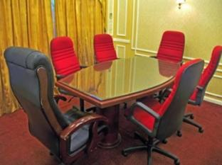 Nasandhura Palace Hotel Male City and Airport - Goma - Meeting Room