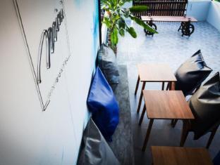 Mini Boxtel Aonang Hostel