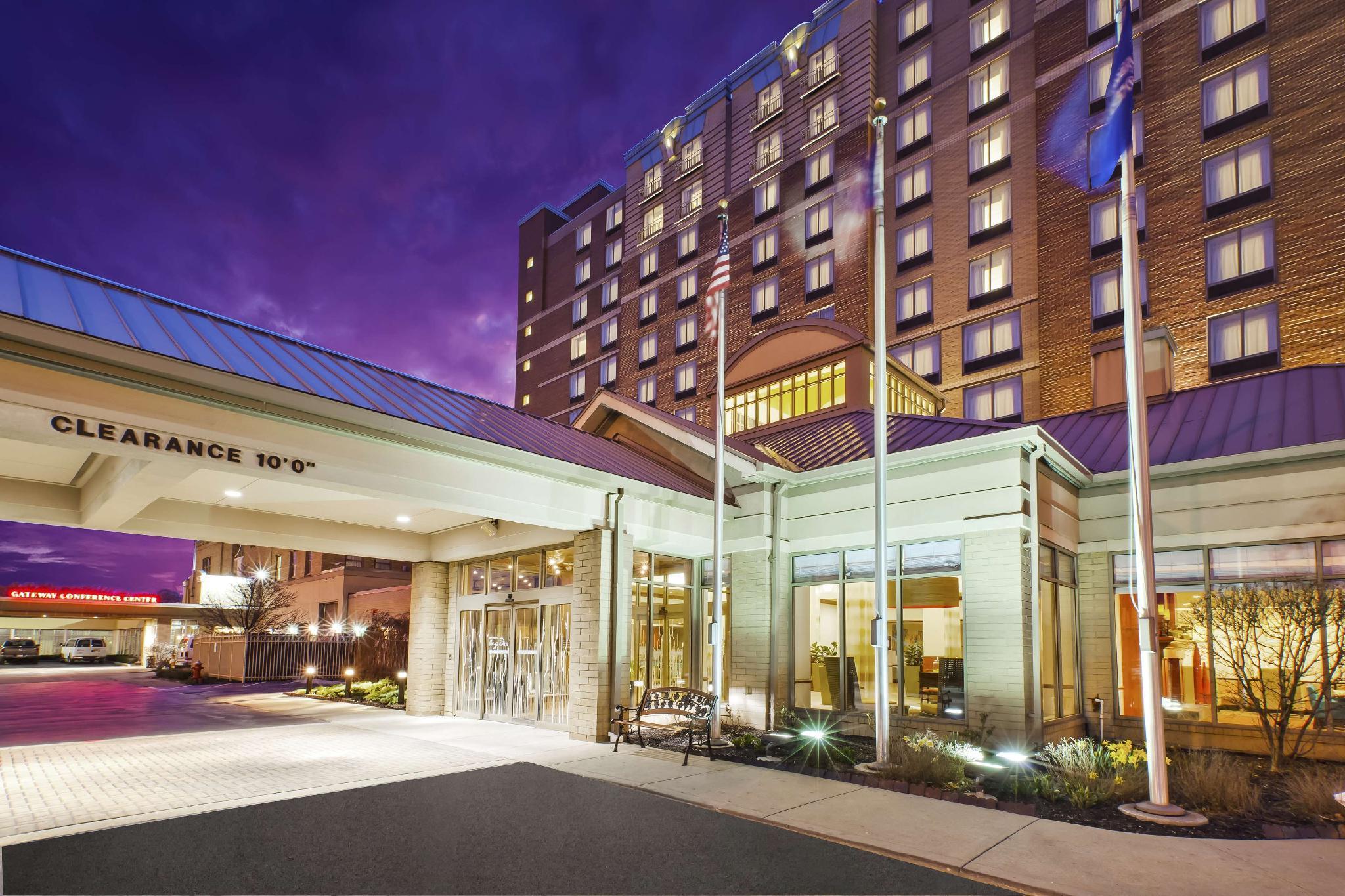 Hilton Garden Inn Cleveland Downtown Hotel