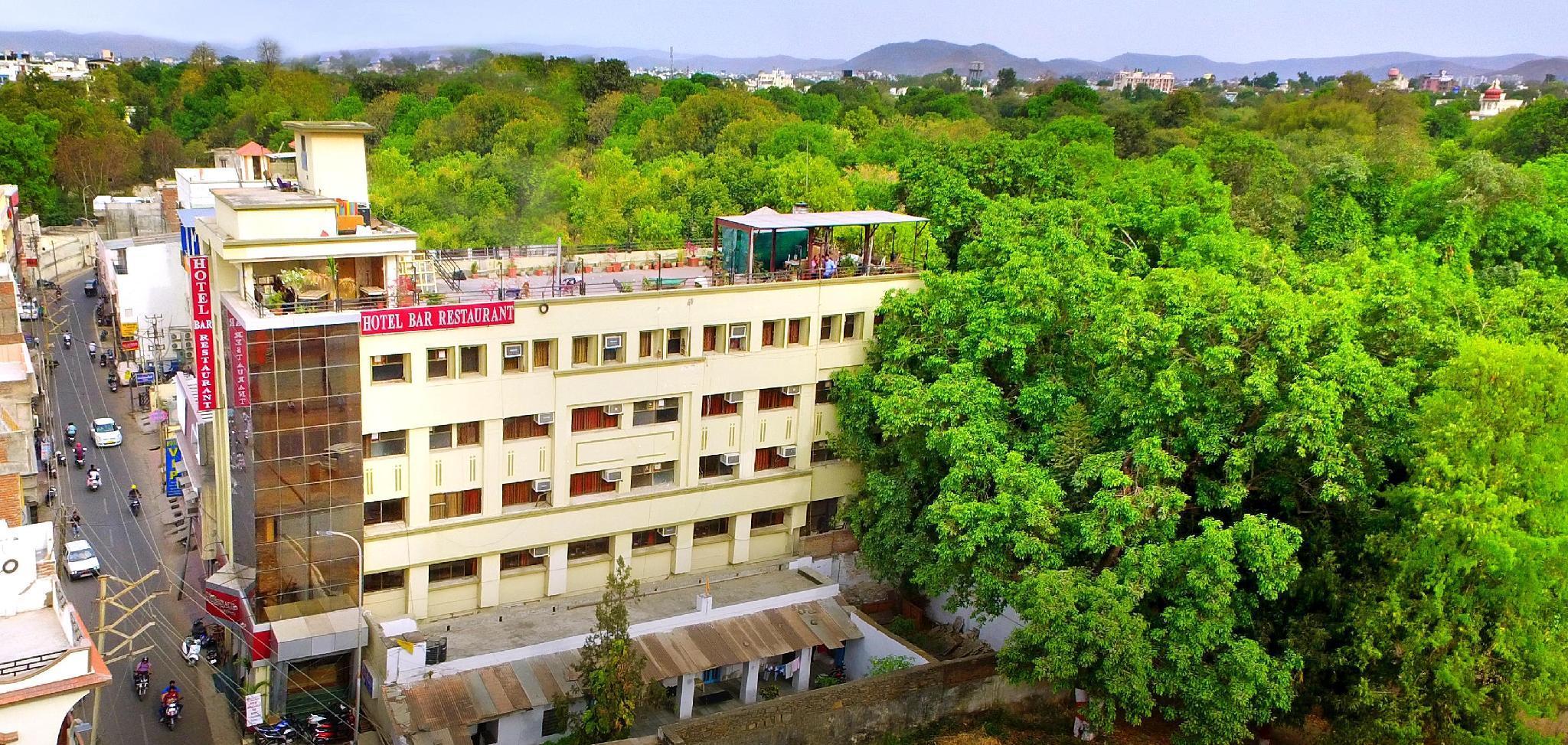 Hotel Krishna Leela Regency