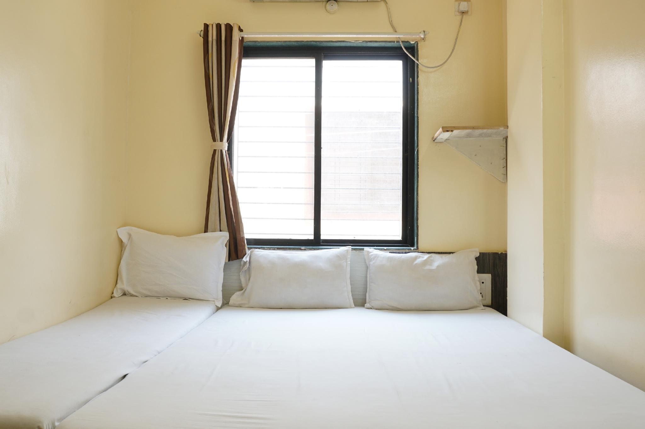 SPOT ON 39715 Hotel Sai Bhagwan