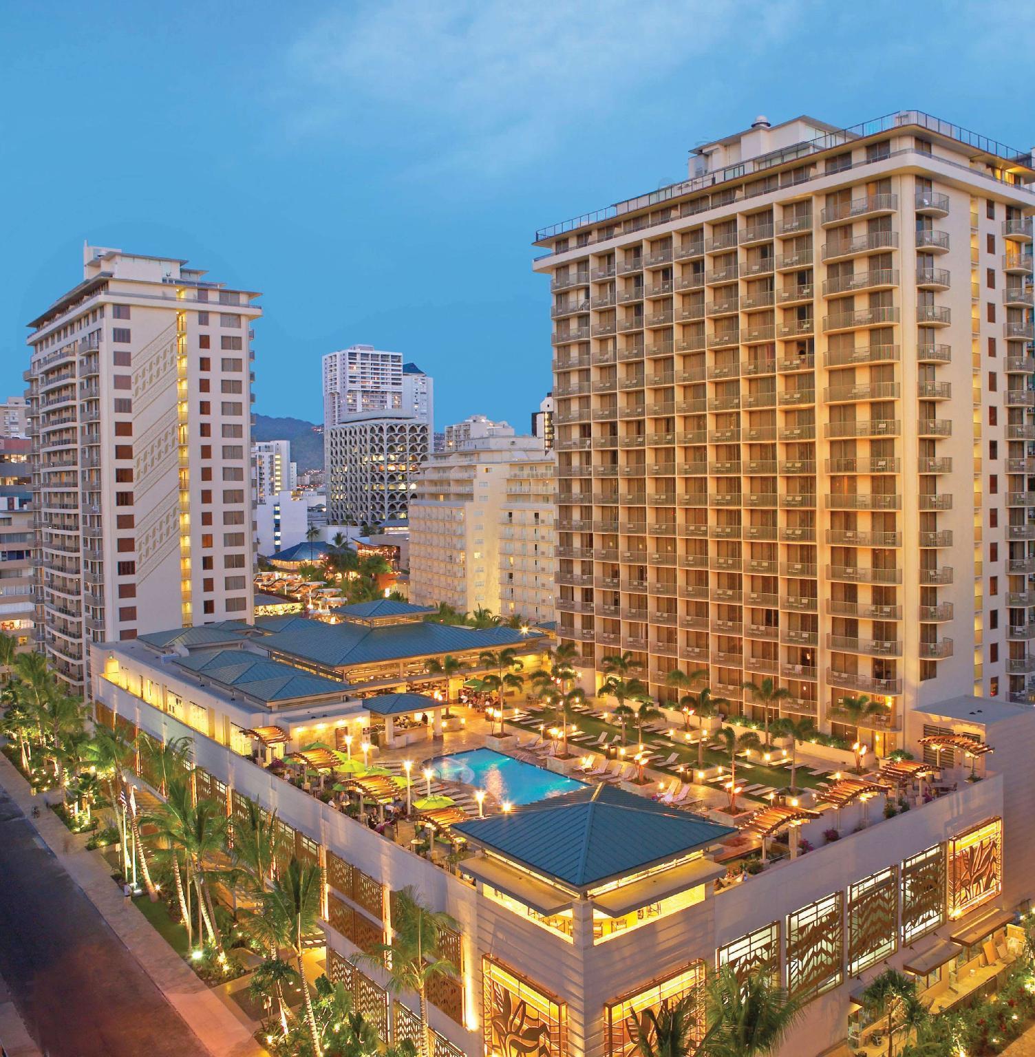 Embassy Suites Hotel Waikiki Beachwalk