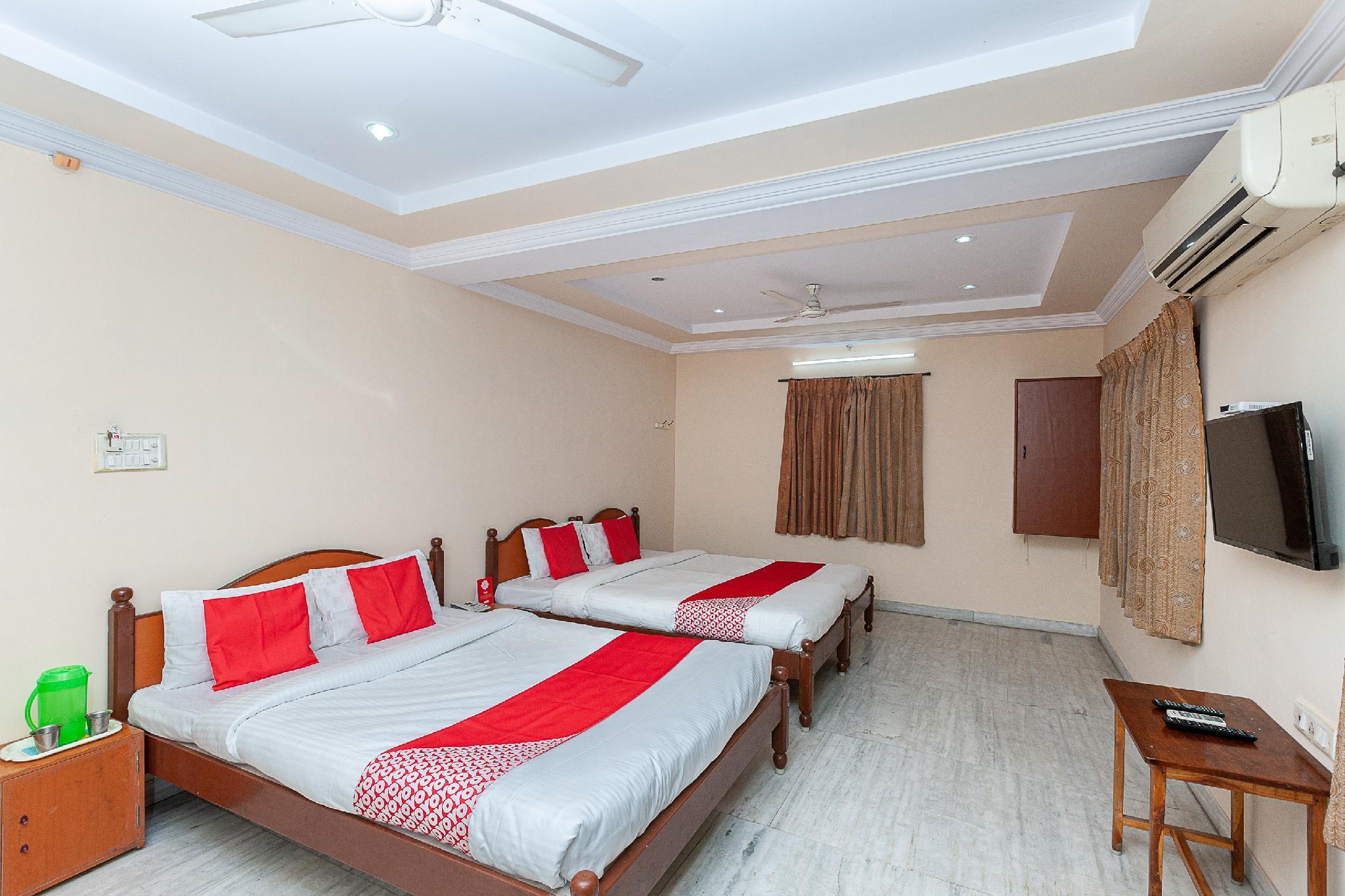 OYO 38559 Ramana Residency