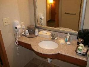 Hampton Inn Birmingham I-65 - Lakeshore Drive Hotel