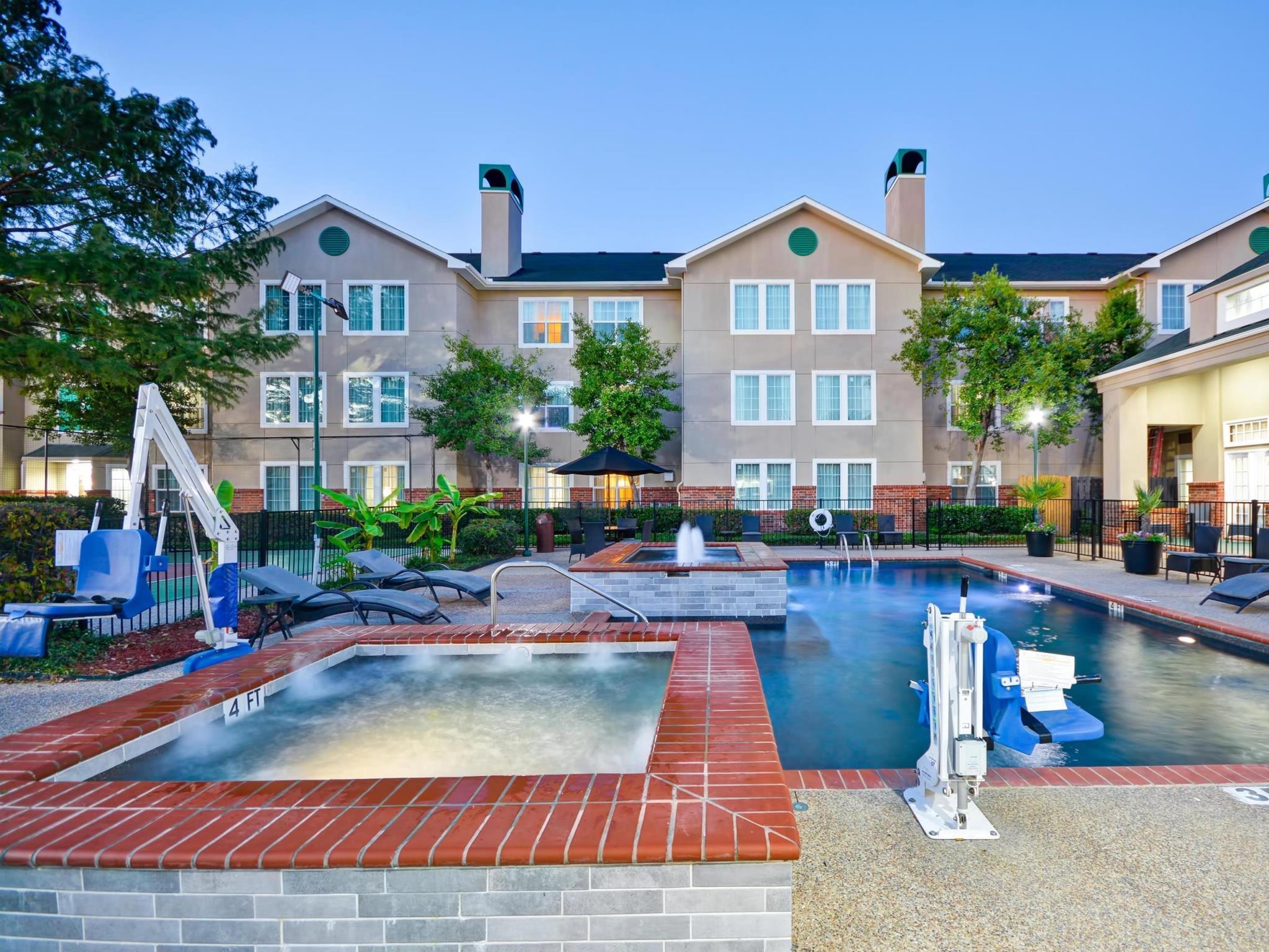 Homewood Suites By Hilton Dallas Lewisville