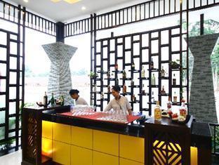 Royal Orchid Resort Pattaya - The Sports and Bar Lounge