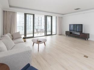 YL International Serviced Apartment- Shanghai Top City Garden