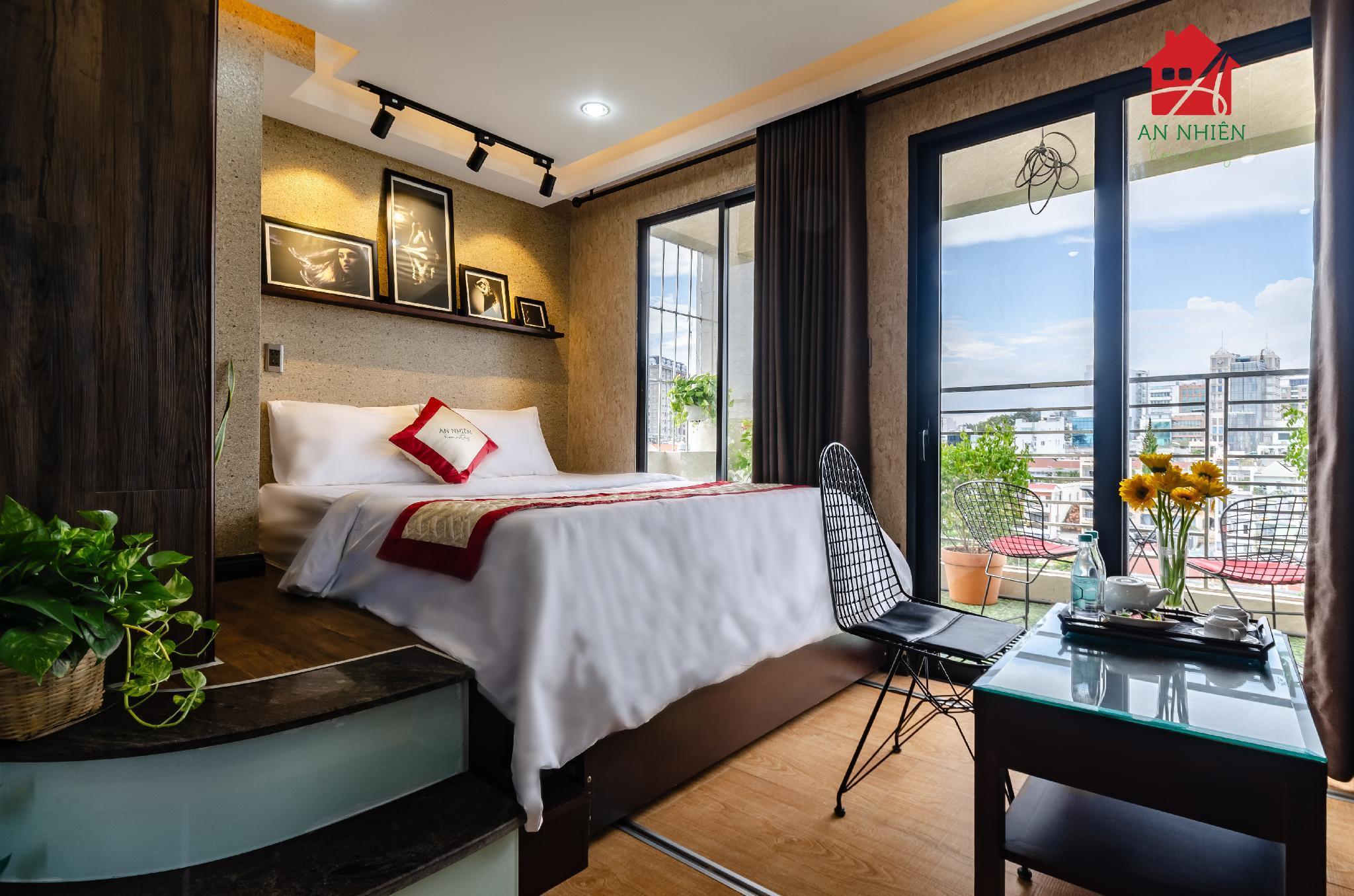 An Nhien Nguyen Trai Balcony Apartment BuiVien