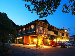 /ryokan-onishiya-suishoen-kinosaki-onsen/hotel/toyooka-jp.html?asq=jGXBHFvRg5Z51Emf%2fbXG4w%3d%3d
