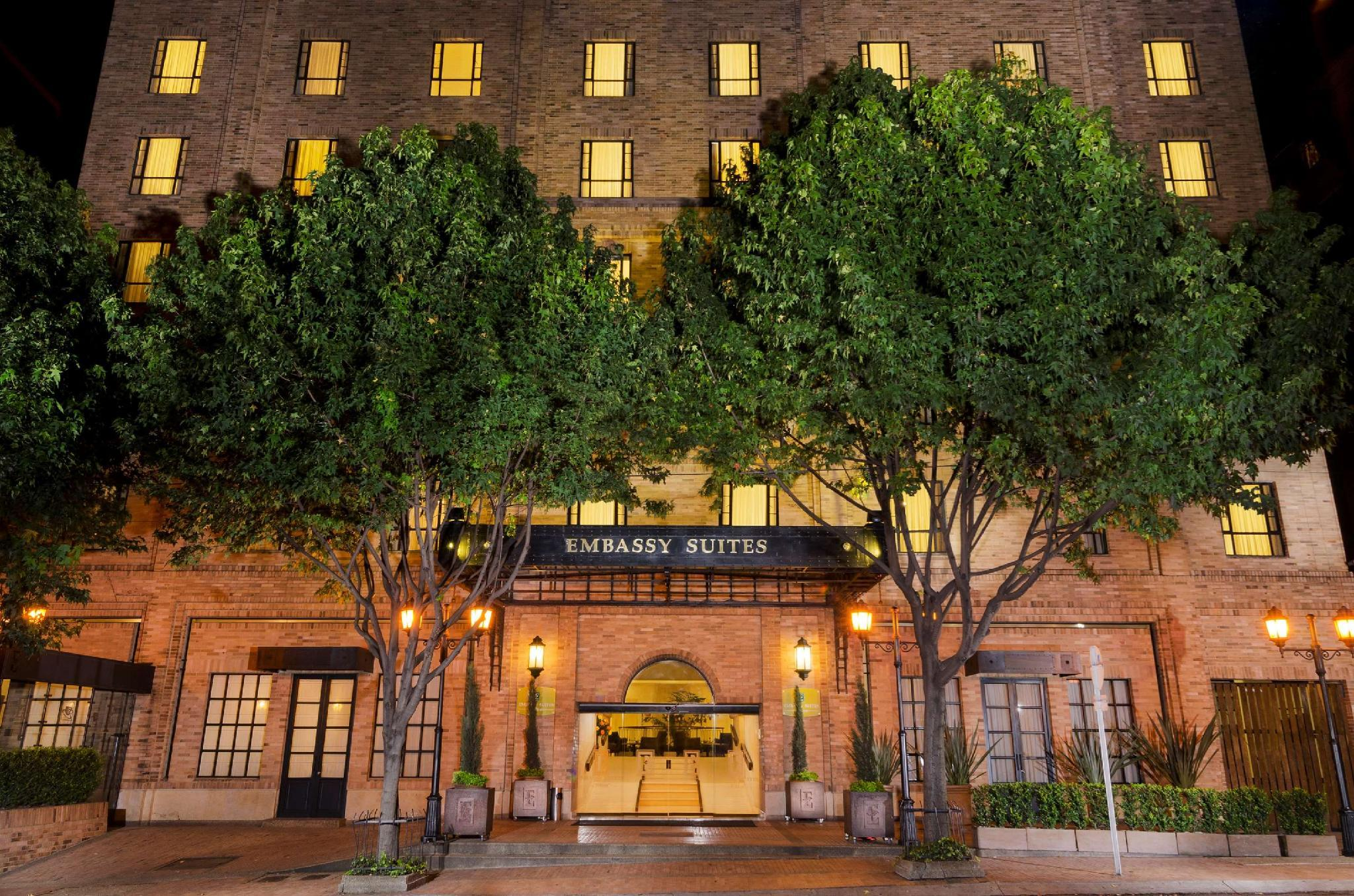 Embassy Suites By Hilton Bogota Rosales Hotel