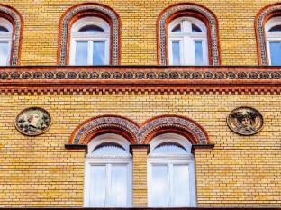 Hotel Museum Budapest Budapest - Windows