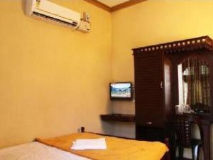 Karakkatt Holiday Home