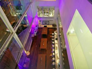 Le Fenix Sukhumvit 11 Bangkok by Compass Hospitality Bangkok - Flow Bar