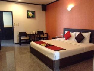 Royal Panerai Hotel Chiangmai Chiang Mai - Hotellihuone