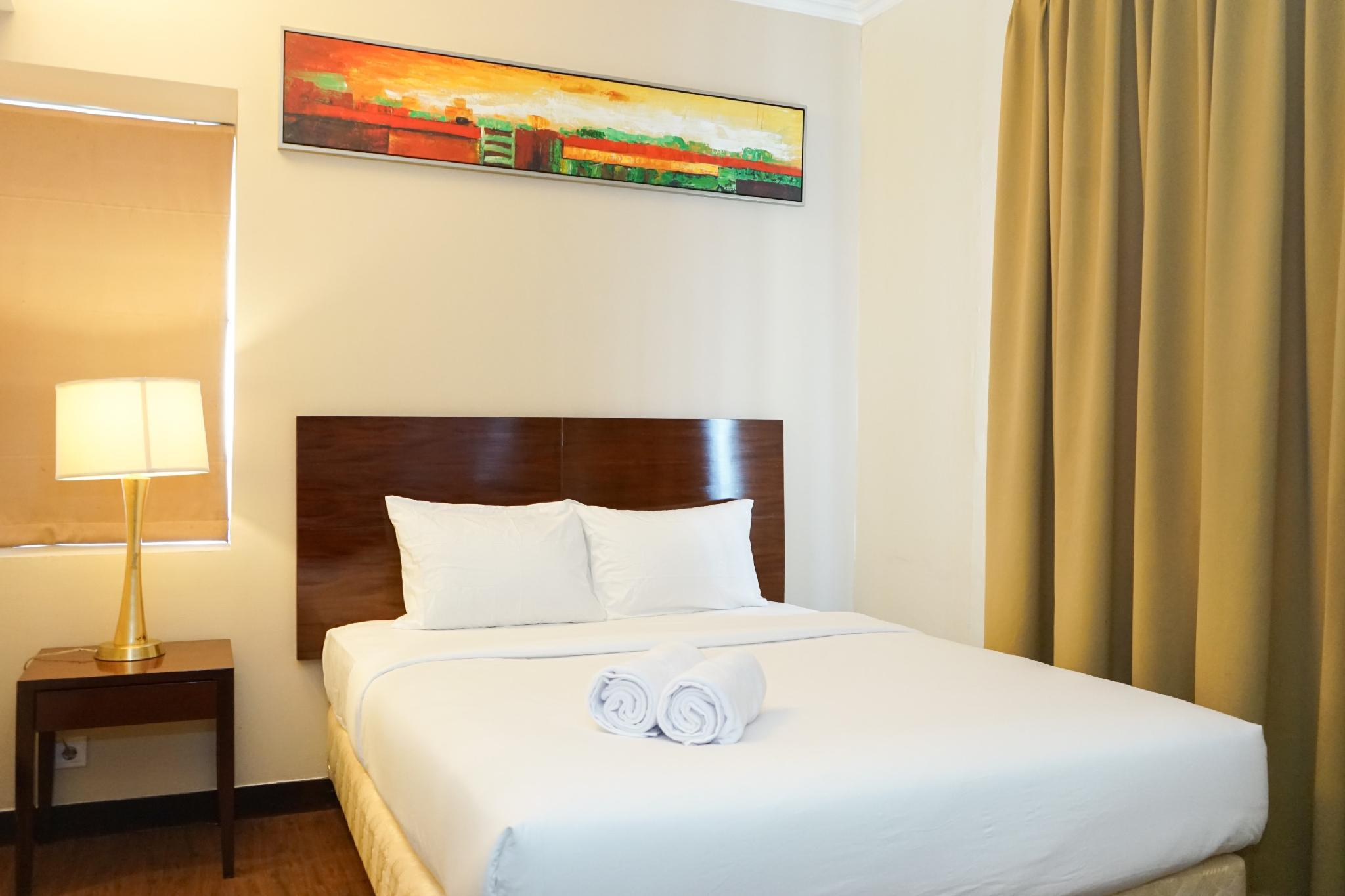 Nice View 1BR @ Ancol Marina Apartment By Travelio