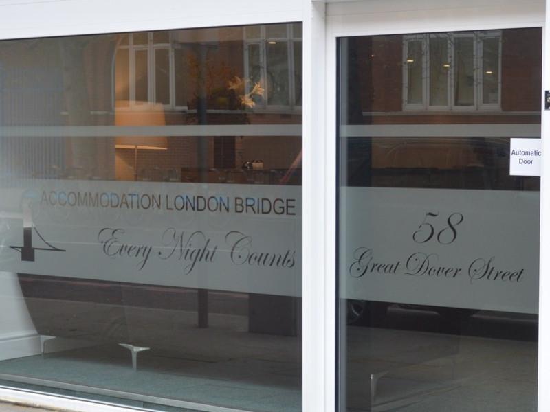 Accommodation London Bridge Hotel