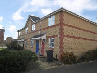 Livesey Close 2 Bedroom Apartment
