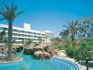 /sl-si/isrotel-royal-garden-all-suites-hotel/hotel/eilat-il.html?asq=vrkGgIUsL%2bbahMd1T3QaFc8vtOD6pz9C2Mlrix6aGww%3d