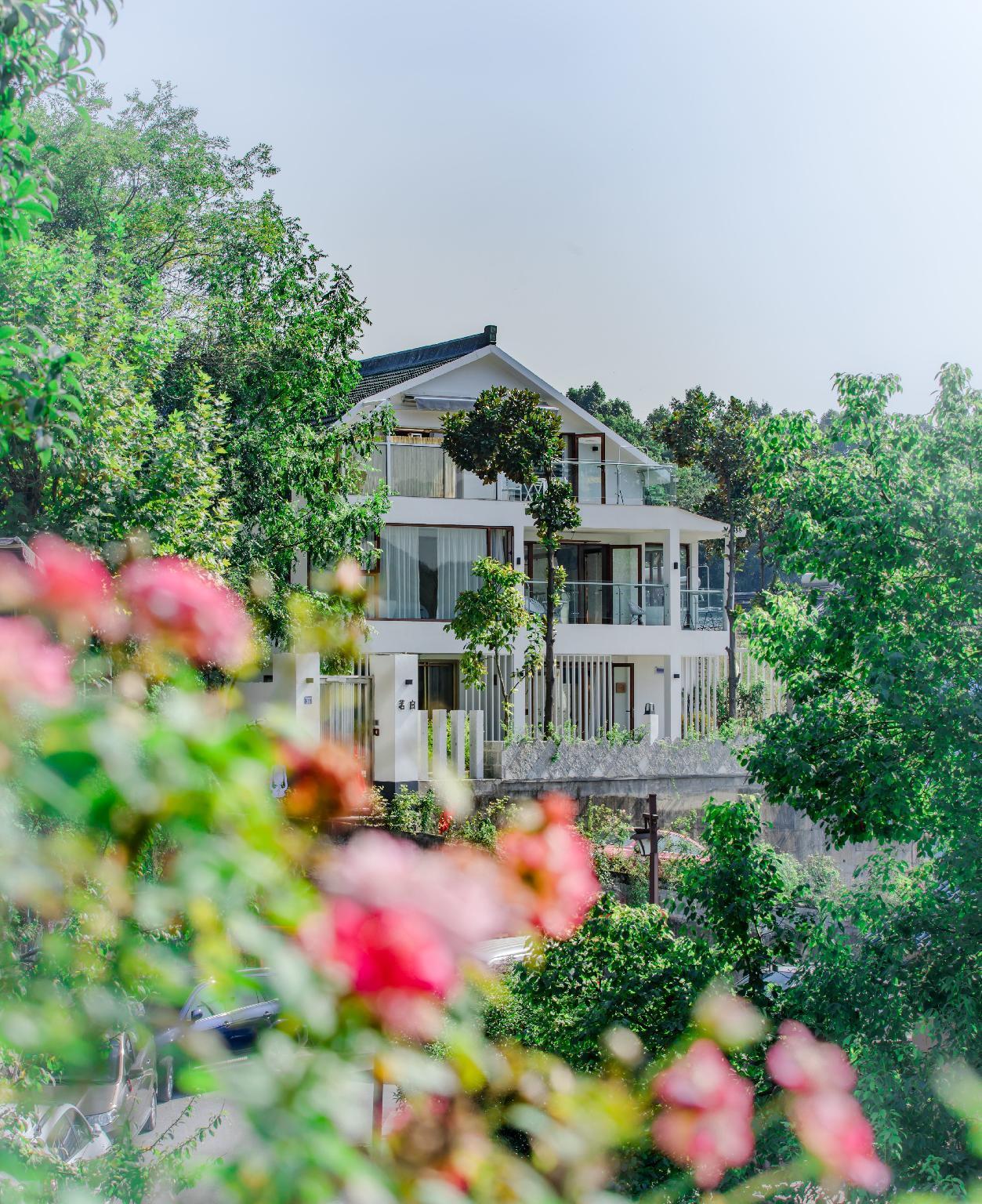 Hangzhou Xihu White Villa Hotel