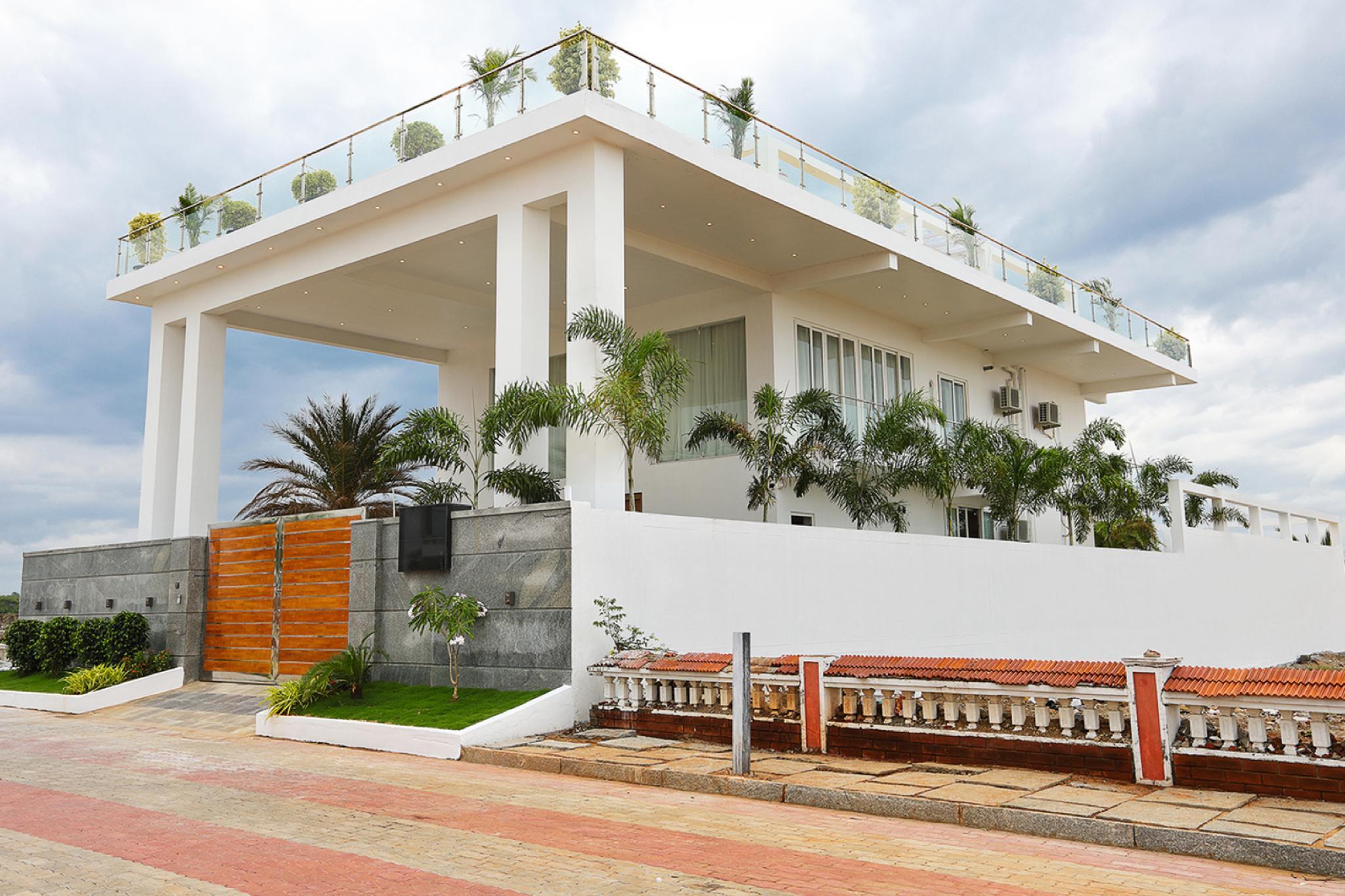 Den's Beach House
