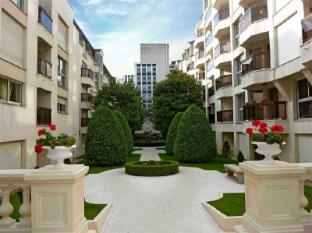 Apartment Ile de France