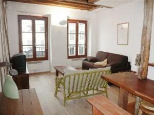 Apartment St Antoine Paris