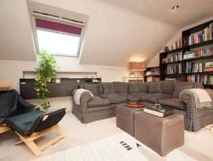 Veeve  Penthouse Putney Bridge with River Views