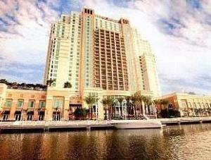 Marriott Waterside Hotel