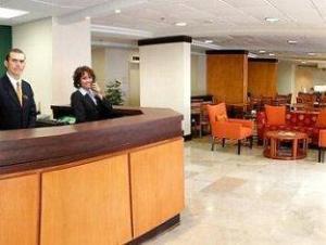關於蒙特雷機場費爾菲爾德酒店 (Fairfield Inn Monterrey Airport)