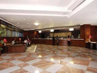 Metropark Hotel Kowloon Хонконг - Лоби