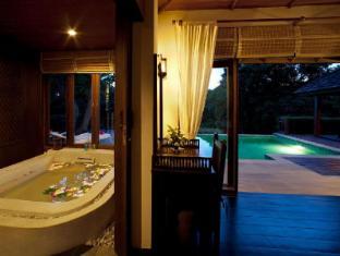 Glow Elixir Koh Yao Yai Resort Phuket - Hotellet från insidan