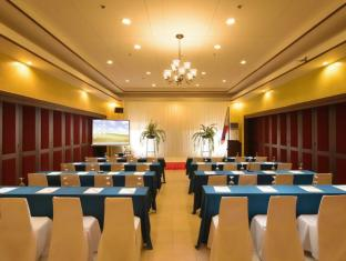 Flushing Meadows Resort Panglao Island - חדר ישיבות
