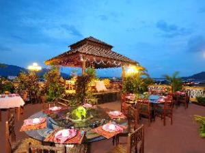Apie Pakse Hotel & Restaurant (Pakse Hotel & Restaurant)