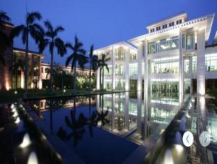 /fr-fr/jaypee-palace-hotel-international-convention-centre/hotel/agra-in.html?asq=vrkGgIUsL%2bbahMd1T3QaFc8vtOD6pz9C2Mlrix6aGww%3d