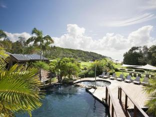 Breakfree Aanuka Resort