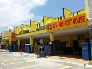 /ms-my/sun-inns-rest-house-kuantan/hotel/kuantan-my.html?asq=jGXBHFvRg5Z51Emf%2fbXG4w%3d%3d