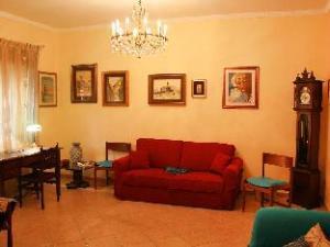 Viale degli Ammiragli Rome 2 Bedroom Apartment