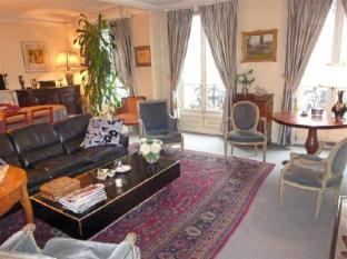 Apartment Rue de Maubeuge Paris