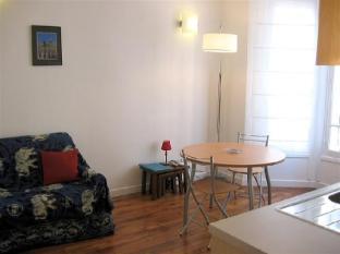 Apartment Rue F Mouthon Paris